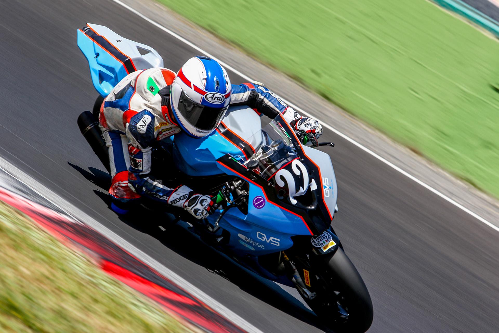 Circuito Vallelunga : Italia naked vascon riparte da vallelunga motorsport fvg